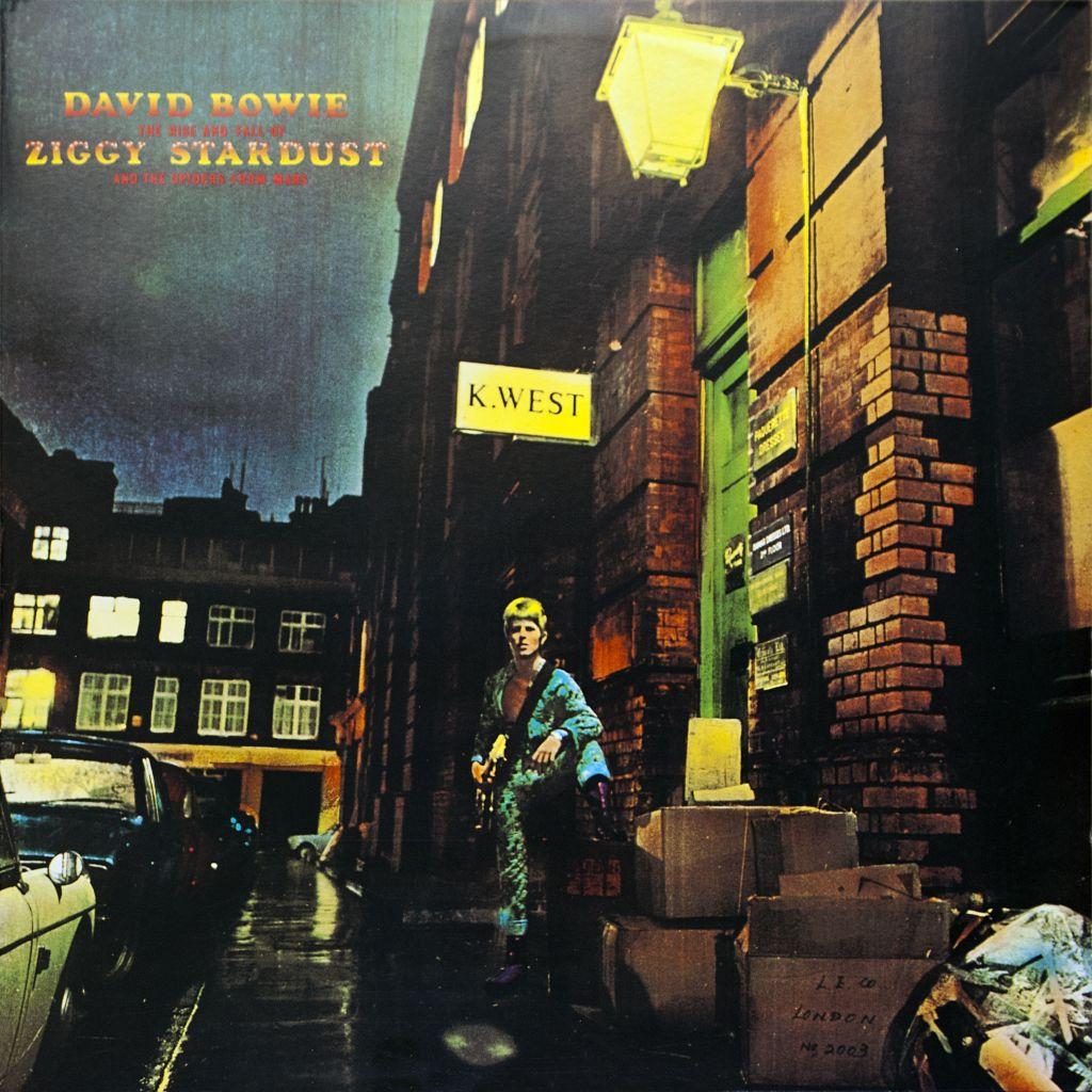 Ziggy-Stardust-cover