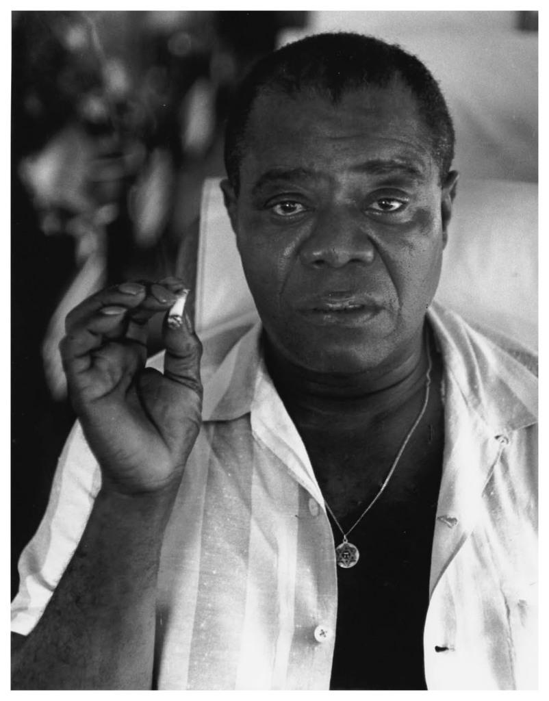 louis-armstrong-with-the-star-of-david-on-his-chest-tanglewood-ma-1960