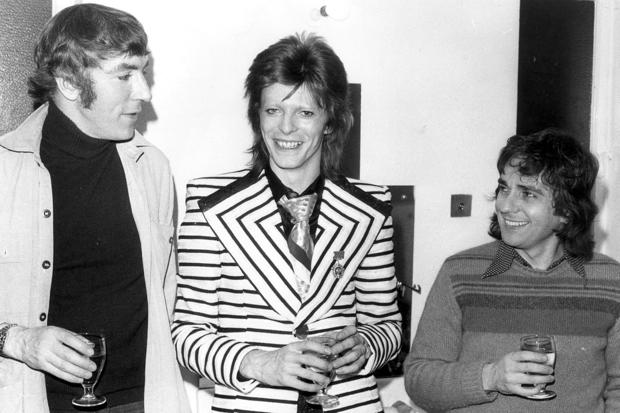 Bowie Backstage